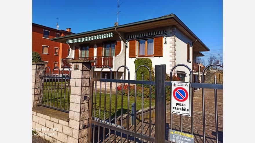 BIFAMILIARE in VENDITA a VERDELLINO