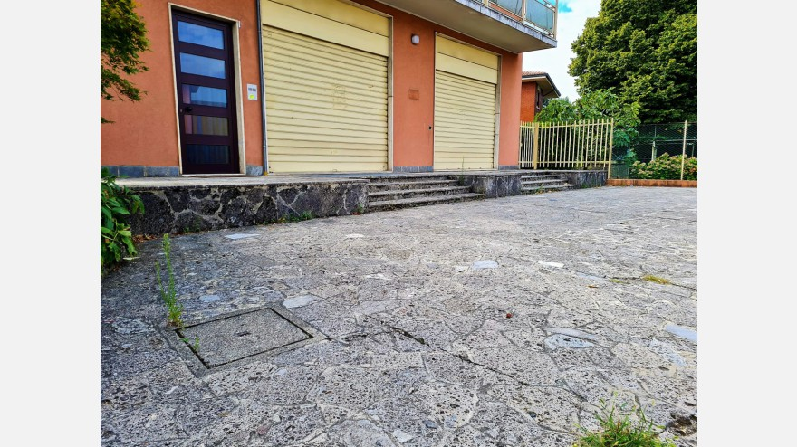 UFFICIO in AFFITTO a CAPRIATE SAN GERVASIO